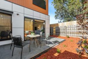 785 Plenty courtyard